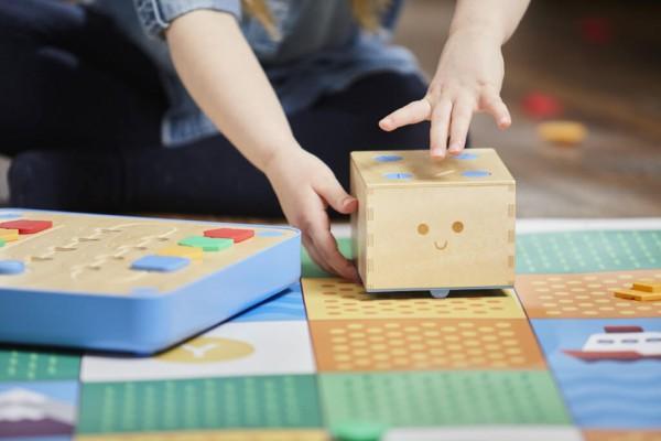 Cubetto MINT Coding Roboter aus Holz ab 3 Jahren (Geeignet für Montessori)