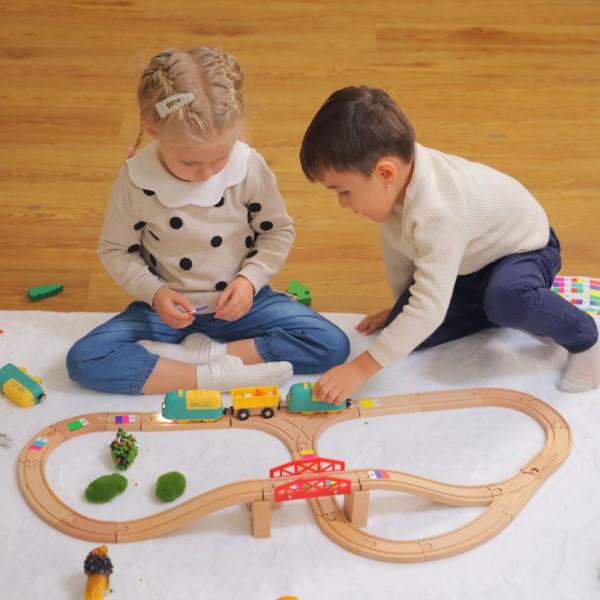 "Robobloq MINT Roboter Eisenbahn ""Coding Express & Tracks"" inkl. Holzschienen ab 3 Jahren"